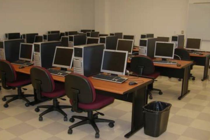 Chaitanya School-Computer Lab