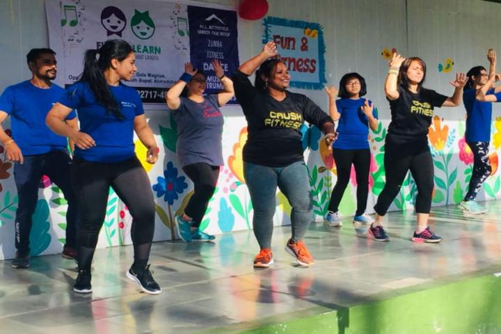 Cosmos Castle International School-Dance program