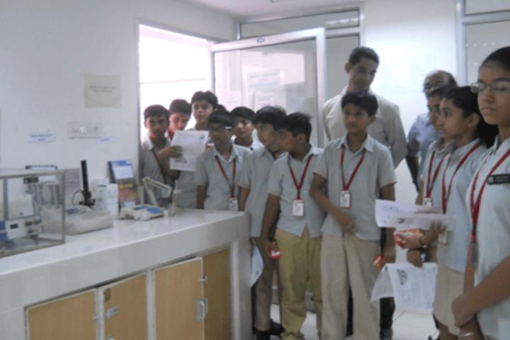 D R Amin Memorial School-Biology Lab
