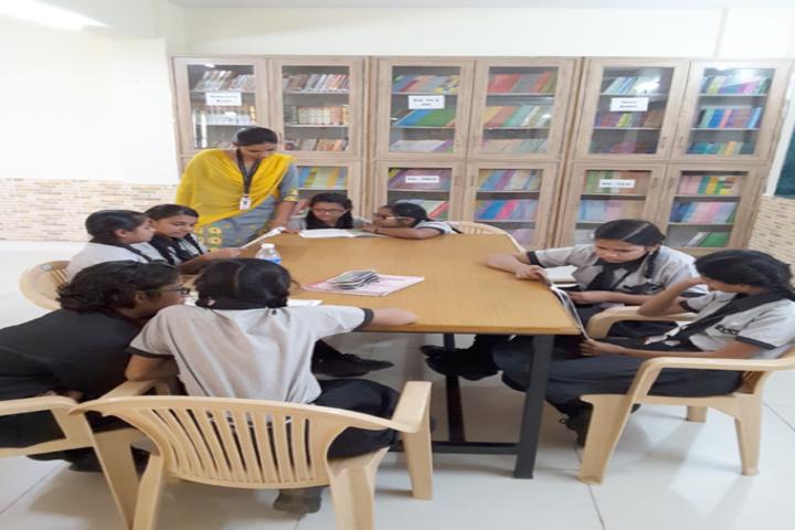 Dayanand Arya Vedic Public School-Library