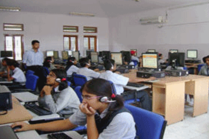 Essar International School-Computer Lab