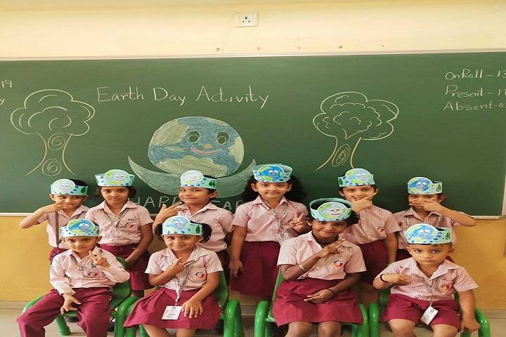 Global Indian International School-Earth Day Activity