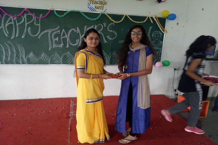 Gokul Global School-Teachers Day Celebrations