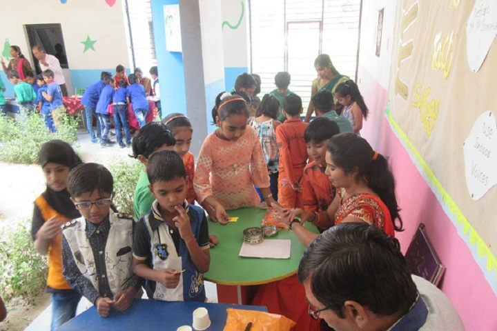 Gokul Global School-Indoor Games