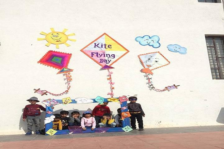 Greenwood School-Kite Flying Day