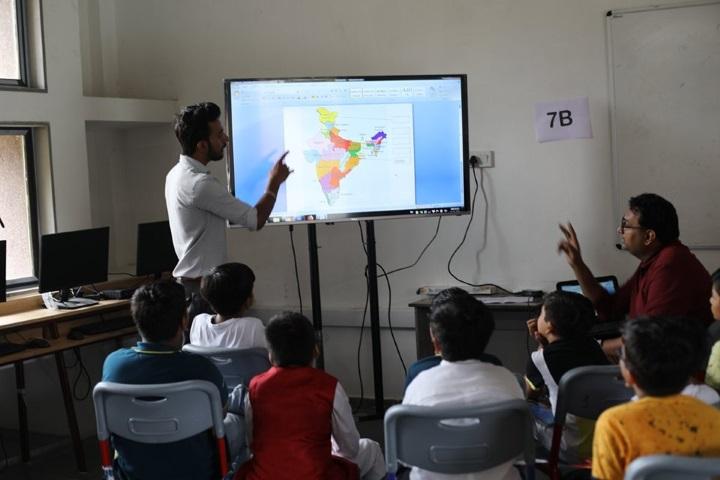Innovative International School-Digital Class