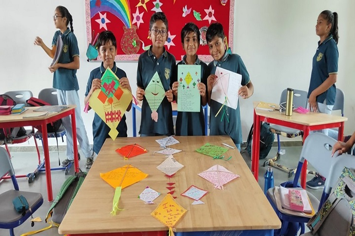 Innovative International School-Kite Making