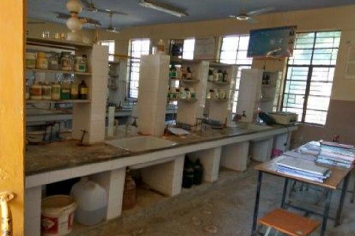 Jawahar Navodaya Vidyalya School-Chemistry Lab