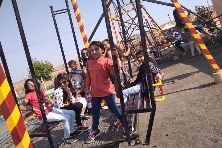 K G Dholakiya School-Tour