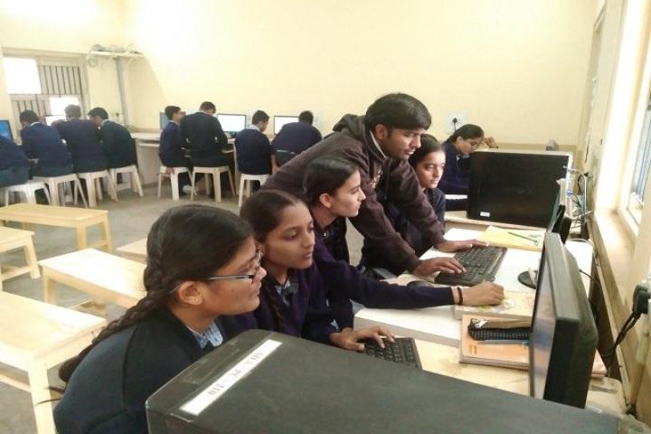 Kamala Rani Sanghi Public School-Computer Lab