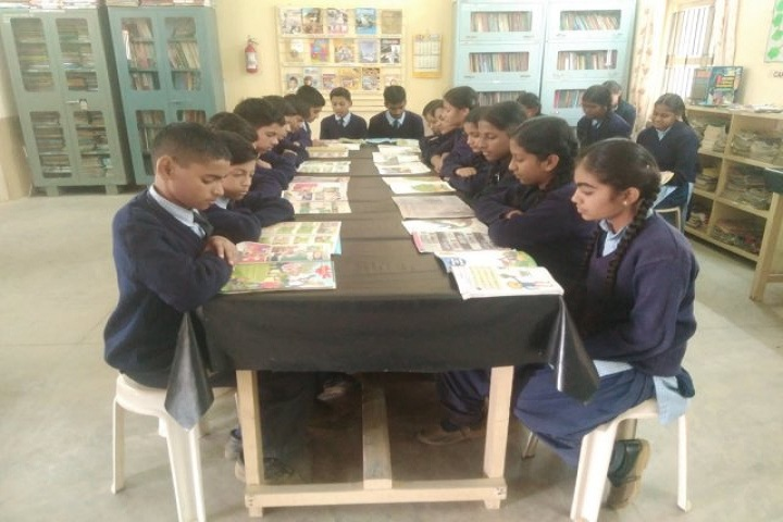 Kamala Rani Sanghi Public School-Library