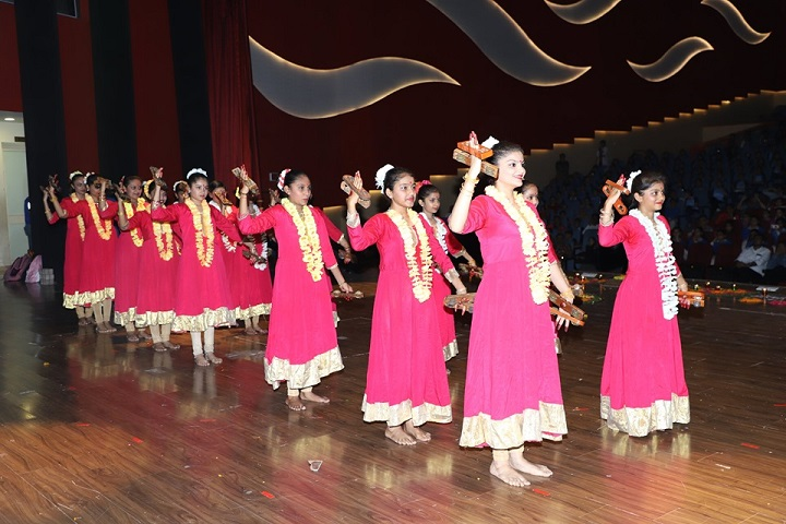 Krishna International School-Dance