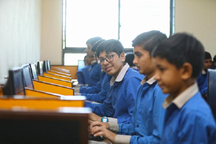 Krishna International School-IT-Lab