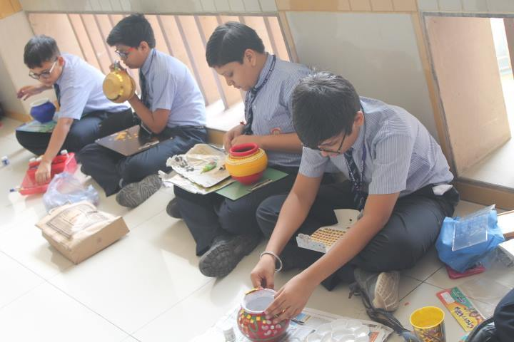 L P Savani Academy-Art