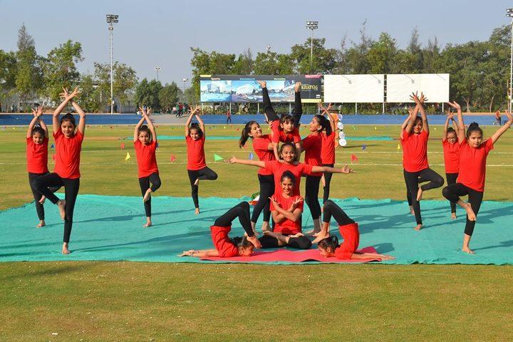 L P Savani Academy-Yoga