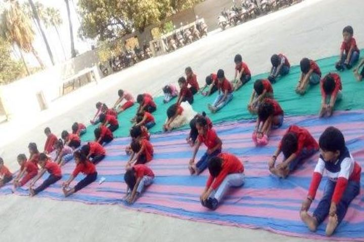 L P Savani International School-Yoga