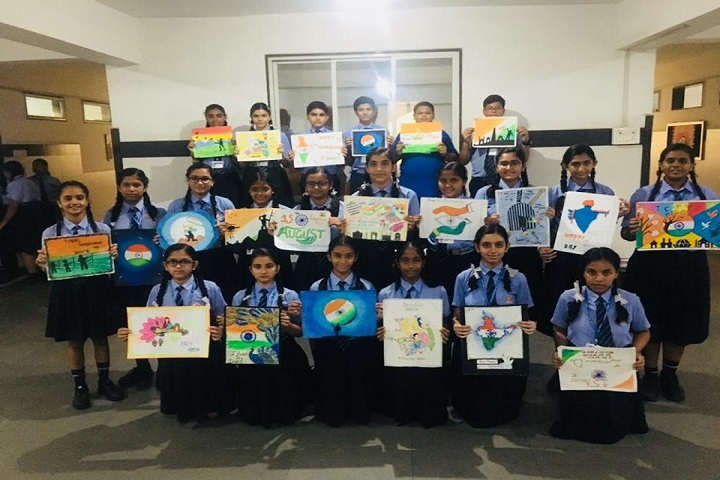 L P Savani International School-Art