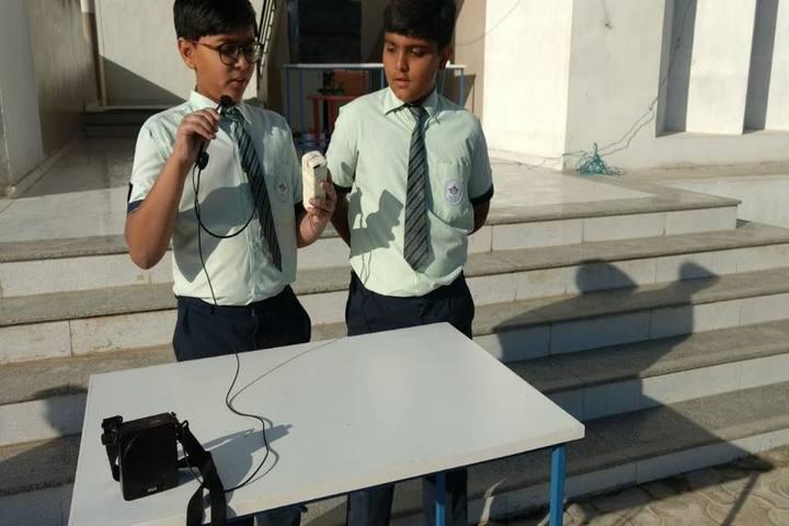 Mount Litera Zee School-Science Exhibition