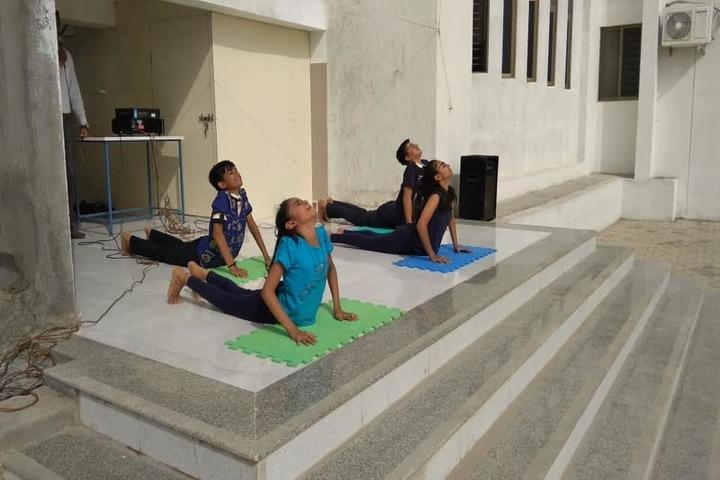 Mount Litera Zee School-Yoga Day