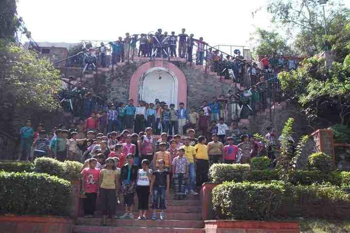 Naimisharanya School-Students
