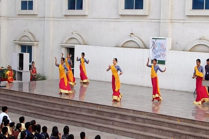 Nand Vidya Niketan-Dance