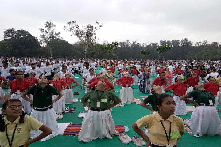 Narayan Vidyavihar-Yoga
