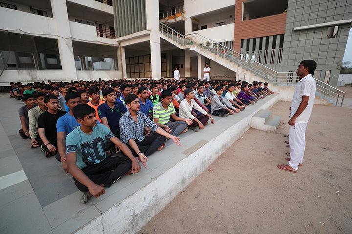 Om Landmark School-Yoga