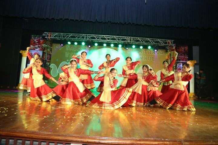 P P Savani Chaitanya Vidya Sankul-Dance