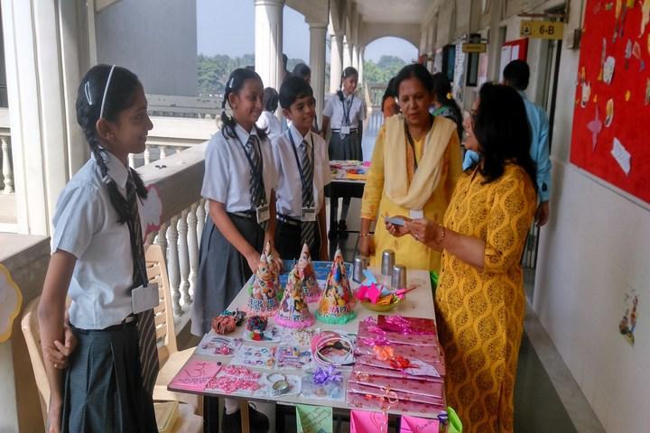P P Savani Chaitanya Vidya Sankul-Exhibition