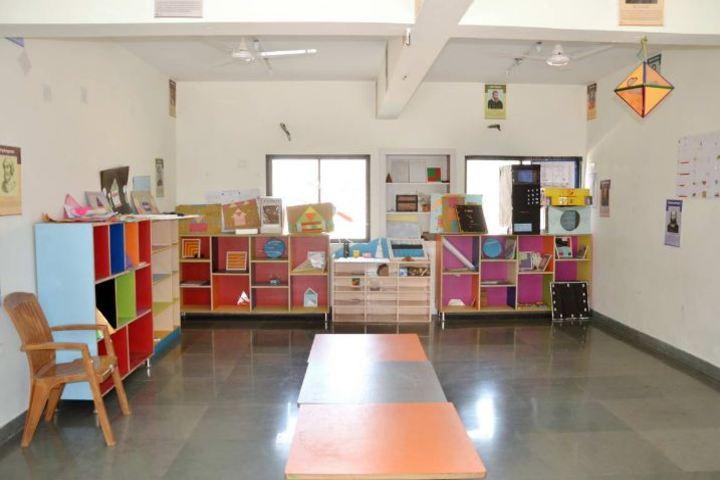 Pinnacle Public School-Math Lab