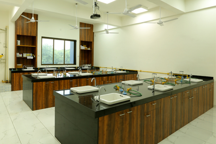 Podar World School-Laboratory