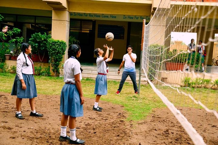Radiant English Academy-Sports