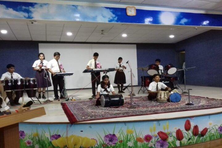 Sardar Patel Vidyalaya-Music Instrument
