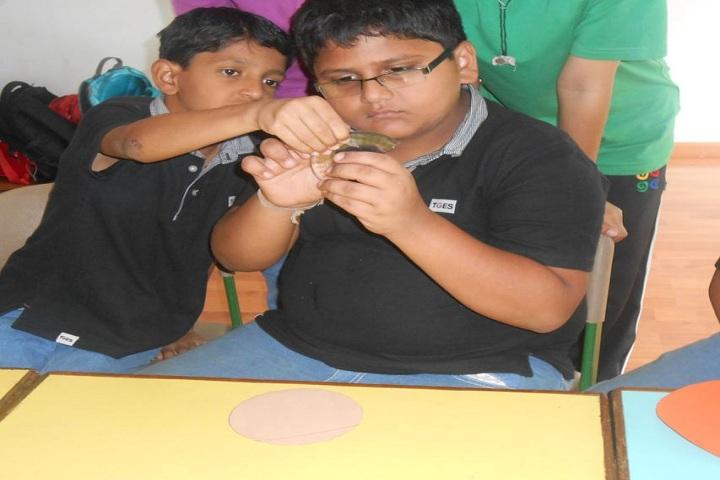 Sarojben Memorial International School-Learn Together