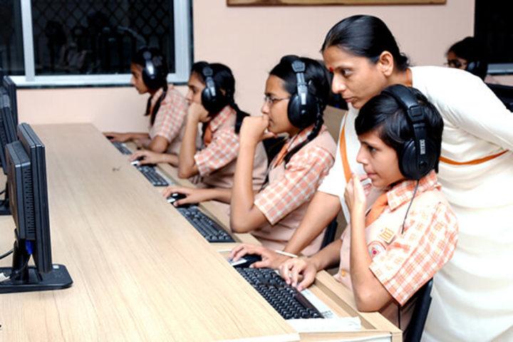 Sarvanaman Vidya Mandir-Language Lab