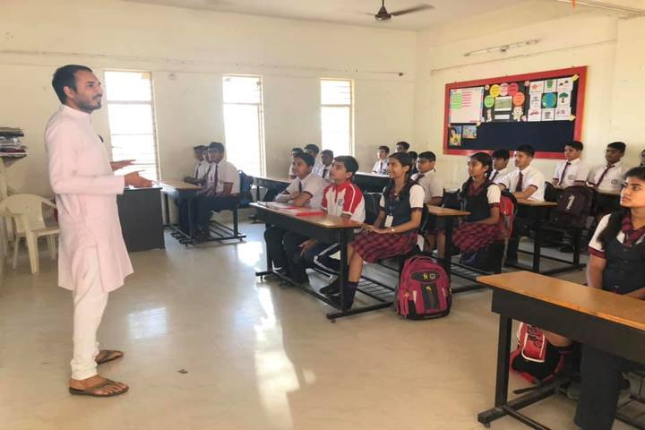 Savvy International School-Classroom