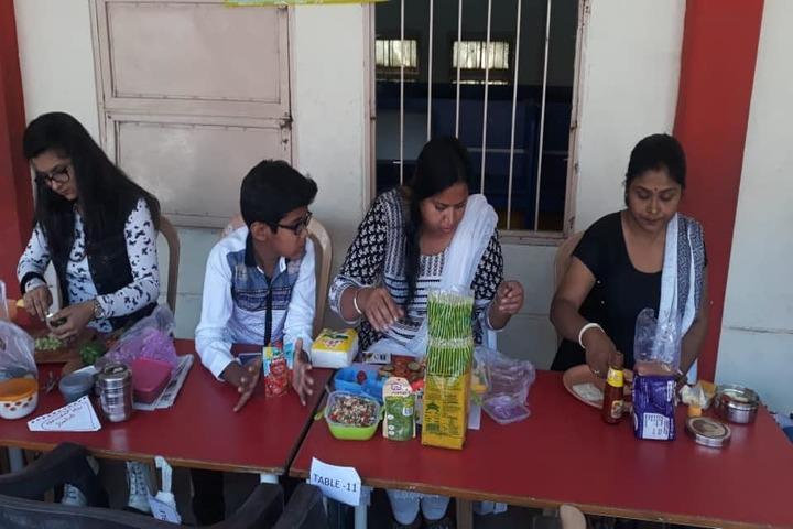 Savvy International School-Food Day
