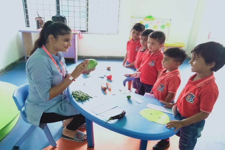 Shanti Asiatic School-Classroom Activity