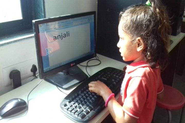 Shanti Asiatic School-Computer Lab