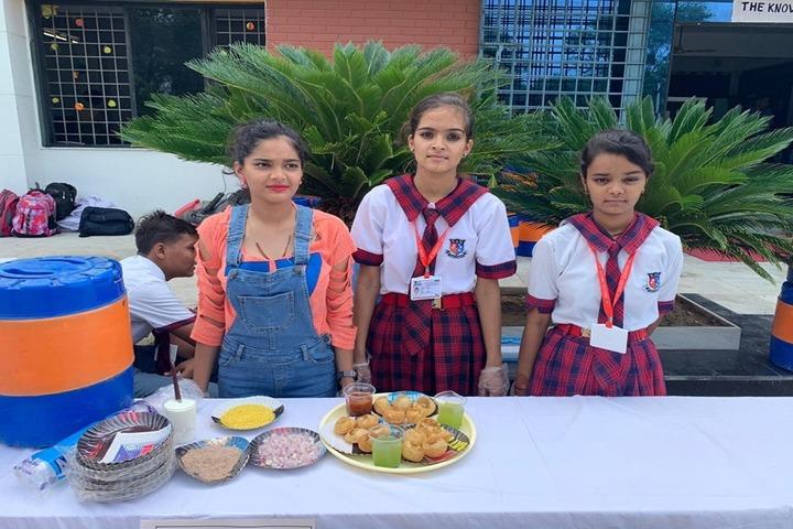 Shanti Asiatic School-Food Fest