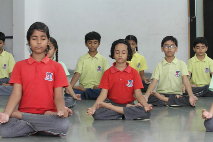 Shanti Asiatic School-Yoga