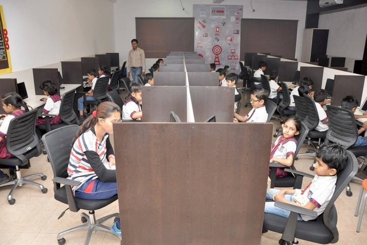 Shanti Asiatic School-IT Lab