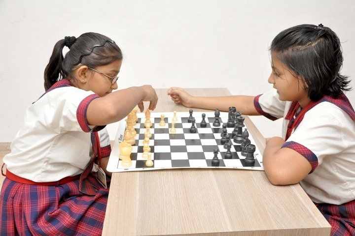 Shanti Asiatic School-Indoor Games
