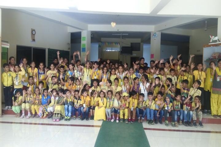 Shardagram English School-Group Photo