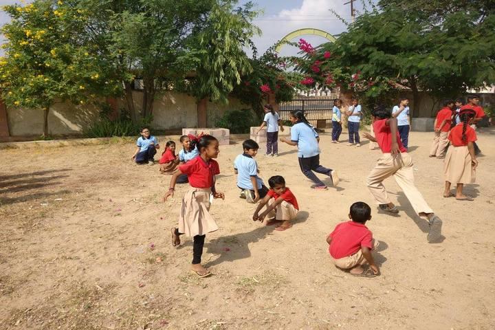 Shishukunj International School-Games