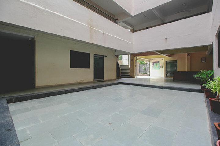 Shiv Ashish School-Corridor