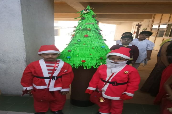 Shree Jain Yuvak Mandal English Medium School-Christmas Celebrations