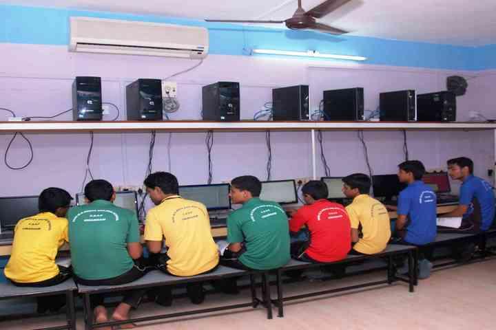 Shree M K Mehta English Medium School-Computer Lab