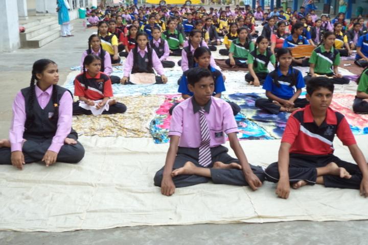 Shree M K Mehta English Medium School-Yoga Day