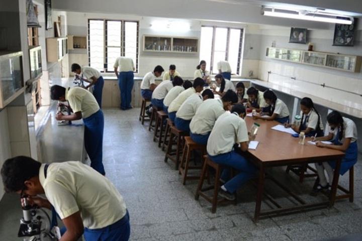 Shree Narayana Central School-Biology Lab